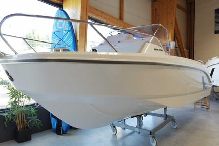 Beneteau Flyer 6 Sundeck for sale in France for €43,500 (£37,619)