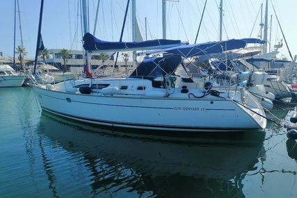 Jeanneau 37 Sun Odyssey for sale in Spain for €69,500 (£63,086)