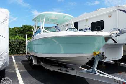 Robalo R247 for sale in United States of America for $94,000 (£68,705)
