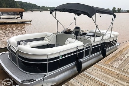 Bennington Gl2274 for sale in United States of America for $37,500 (£29,076)