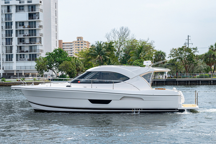 Riviera 3600 Sport Yacht for sale in United States of America for $439,500 (£322,967)