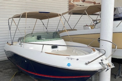 Jeanneau Cap Camarat 625 WA for sale in France for €18,000 (£16,439)