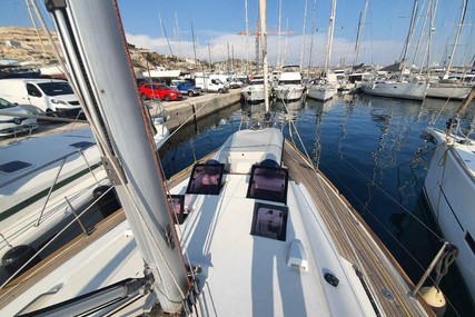 Beneteau Oceanis 45 for sale in France for €198,000 (£170,799)