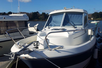 Beneteau Antares 760 for sale in France for €34,000 (£30,287)