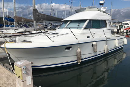 Beneteau Antares 10.80 for sale in France for €59,900 (£53,376)