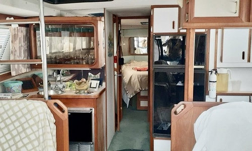 Image of Carver Yachts 3697 Mariner for sale in United States of America for $29,900 (£21,719) Kenosha, Wisconsin, United States of America