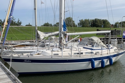 Hallberg-Rassy 36 for sale in Netherlands for €95,000 (£84,535)