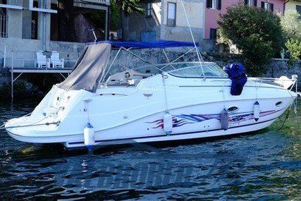 Rinker 280 for sale in Italy for €44,000 (£39,939)