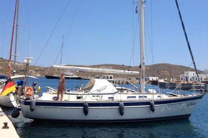 Hallberg-Rassy 42F MK I for sale in Greece for €210,000 (£182,461)