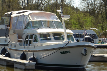 Linssen GS 29.9 AC for charter in Germany from €1,365 / week