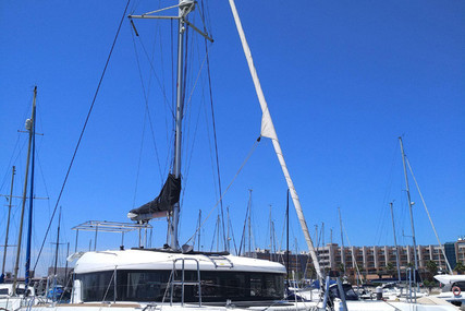 Lagoon 40 for sale in Portugal for €295,000 (£262,169)