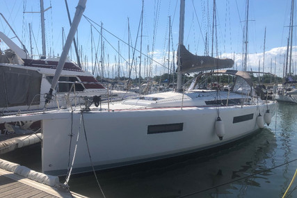 Jeanneau Sun Odyssey 440 for sale in France for €279,000 (£254,797)