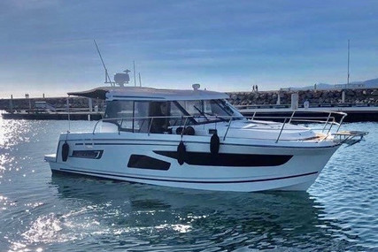Jeanneau Merry Fisher 1095 for sale in France for €178,000 (£161,573)