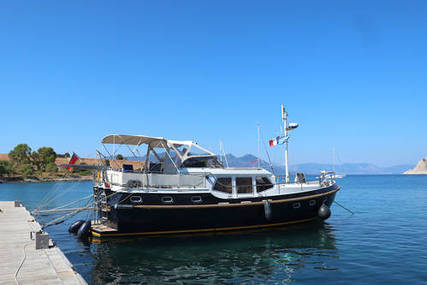 Vacance SOLIDE 42 for sale in Greece for €229,000 (£198,970)