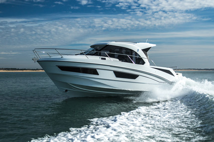 Beneteau Antares 9 for sale in Spain for €145,969 (£133,035)