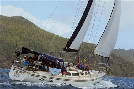 Catalina 34 for sale in Saint Vincent and the Grenadines for $29,900 (£23,271)