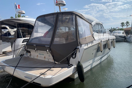 Jeanneau Leader 36 for sale in France for €240,000 (£219,180)
