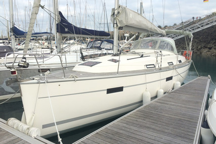 Bavaria Yachts 36 Cruiser for sale in France for €74,900 (£66,583)