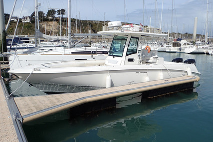 Boston Whaler 320 Outrage for sale in France for €180,000 (£159,319)