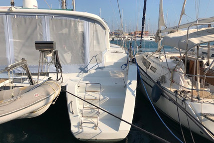 Lagoon 450 for sale in Italy for €475,800 (£408,265)