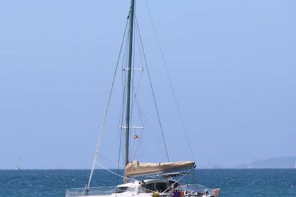 Fountaine Pajot Lavezzi 40 for sale in France for €165,000 (£150,686)