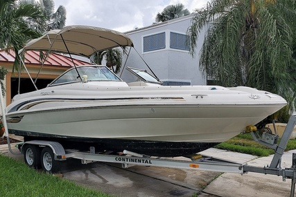 Sea Ray 210 Sundeck for sale in United States of America for $15,000 (£11,256)