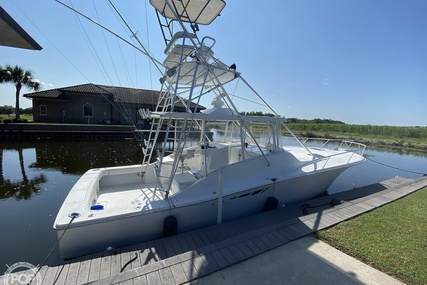 Luhrs Open Express 38 for sale in United States of America for $89,900 (£63,754)