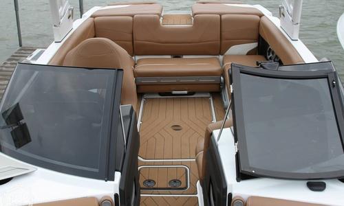 Image of Malibu 22MXZ for sale in United States of America for $117,000 (£83,766) Minnetrista, Minnesota, United States of America