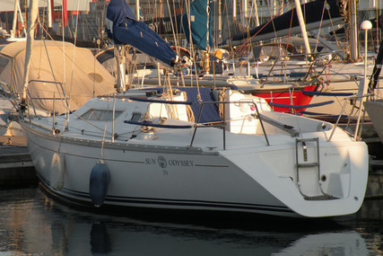 Jeanneau Sun Odyssey 30 for sale in Portugal for €29,500 (£26,941)