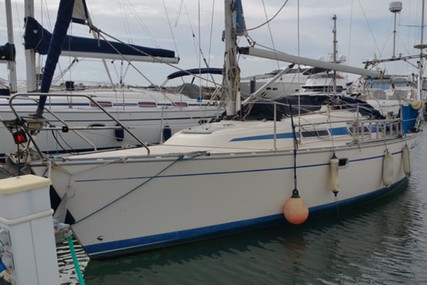 Bavaria Yachts 30 Plus for sale in Portugal for €44,000 (£40,183)