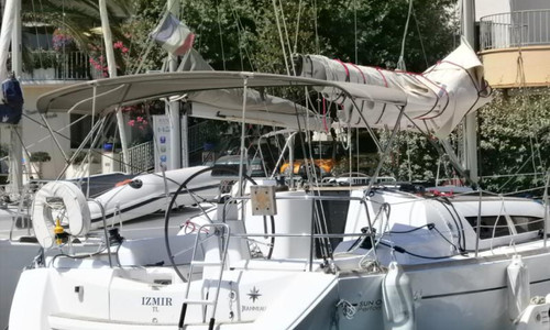 Image of Jeanneau Sun Odyssey 36i Performance for sale in France for €83,000 (£71,706) BANDOL, , France