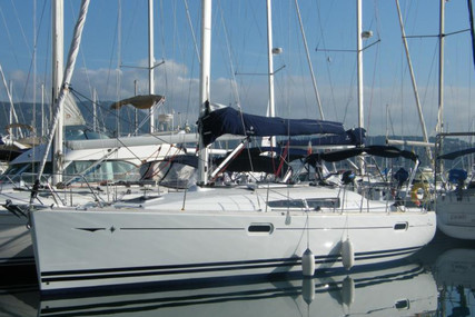 Jeanneau Sun Odyssey 39i for sale in France for €87,000 (£77,279)