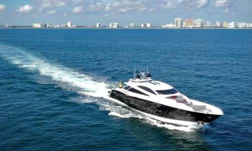 Image of Sunseeker Predator for sale in United States of America for $2,999,000 (£2,191,899) Fort Lauderdale, Florida, United States of America