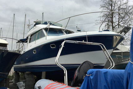 Beneteau Antares 10.80 for sale in France for €70,000 (£62,936)
