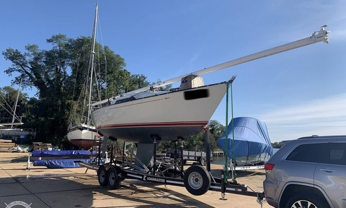 Image of C & C Yachts 29-2 for sale in United States of America for $18,750 (£13,554) Cantonment, Florida, United States of America