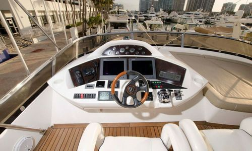 Image of Sunseeker Yacht for sale in United States of America for $1,099,000 (£794,448) Fort Lauderdale, Florida, United States of America