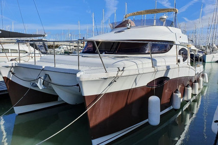 Fountaine Pajot SUMMERLAND 40 for sale in France for €350,000 (£311,882)