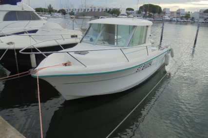 Ocqueteau 615 for sale in France for €11,990 (£10,950)