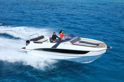 Beneteau Flyer 8.8 Sundeck for sale in France for €119,000 (£108,677)