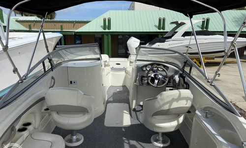 Image of Stingray 215LR for sale in United States of America for $33,900 (£24,041) Fort Pierce, Florida, United States of America