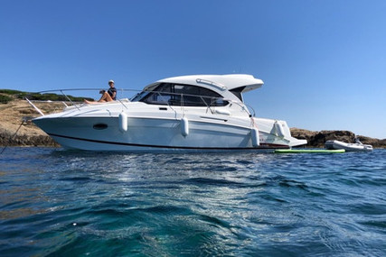 Beneteau Antares 30 S for sale in France for €139,000 (£126,942)