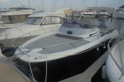 Jeanneau CAP CAMARAT 6.5 WA SERIE 3 for sale in France for €44,900 (£41,005)