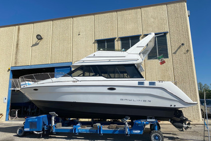 Bayliner Ciera 3058 Command Bridge for sale in Italy for €30,000 (£27,398)