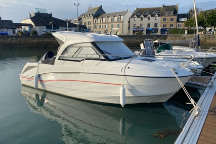 Beneteau Antares 7 OB for sale in France for €39,900 (£36,439)