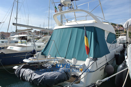 Prestige 36 for sale in Italy for €82,000 (£74,887)