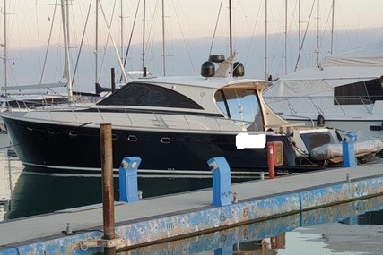 ESTENSI Gold Star 540 for sale in Italy for €460,000 (£420,095)