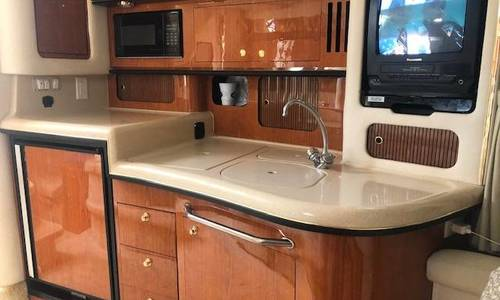 Image of Sea Ray 340 Sundancer for sale in United States of America for $65,000 (£46,616) Freeport, NY, United States of America