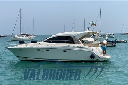 Jeanneau Prestige 38 S for sale in Italy for €170,000 (£155,253)