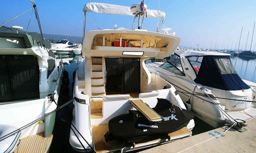 Image of Azimut Yachts 43 for sale in Croatia for €239,000 (£205,754) Croatia