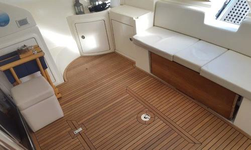 Image of Azimut Yachts 43 for sale in Italy for €220,000 (£191,150) Italy